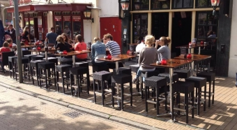 Cafe Chaplin's Pub